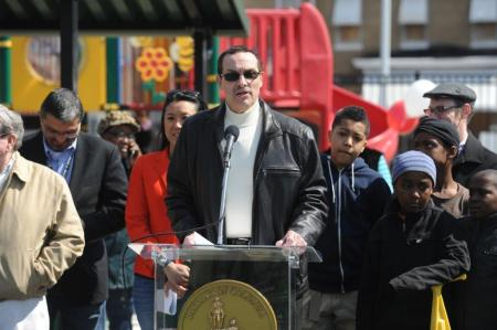 Mayor Gray addressing the community