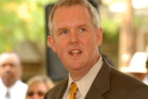 Ward 6 Councilmember and mayoral candidate Tommy Wells will be at Mothership on Wednesday for a community meet and greet.