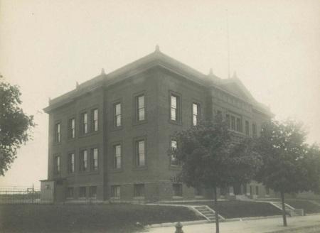 Bruce School 1900