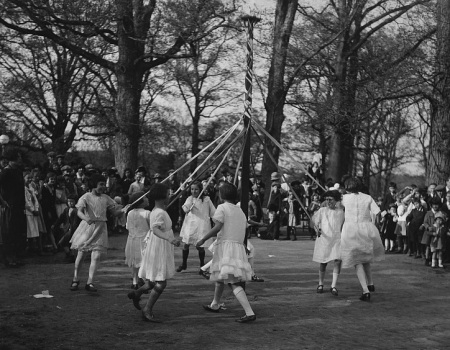 May Day maypole dance 1924