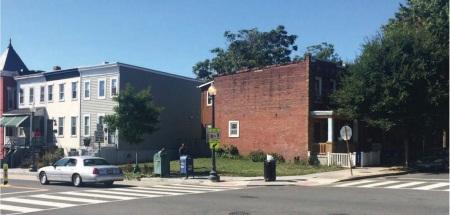 1000 Lamont vacant lot